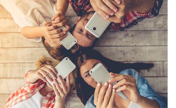 Controle compartilhado com o interruptor smart Wi-Fi Intelbras
