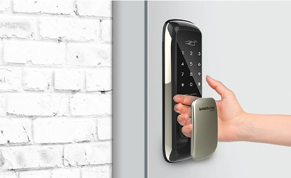 fechadura-digital-com-abertura-push-&-pull.jpg