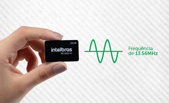 Alta compatibilidade com sistemas de controle de acesso com Etiqueta de Acionamento RFID Intelbras TH 3030 MF
