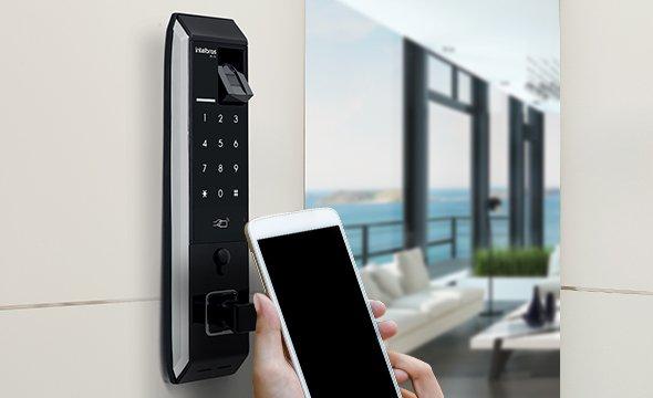 Compatível com fechaduras digitais com Etiqueta de Acionamento RFID Intelbras TH 3030 MF