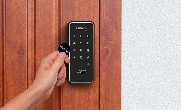 xid-1000-chaveiro-rfid-compativel-com-fechaduras-digitais